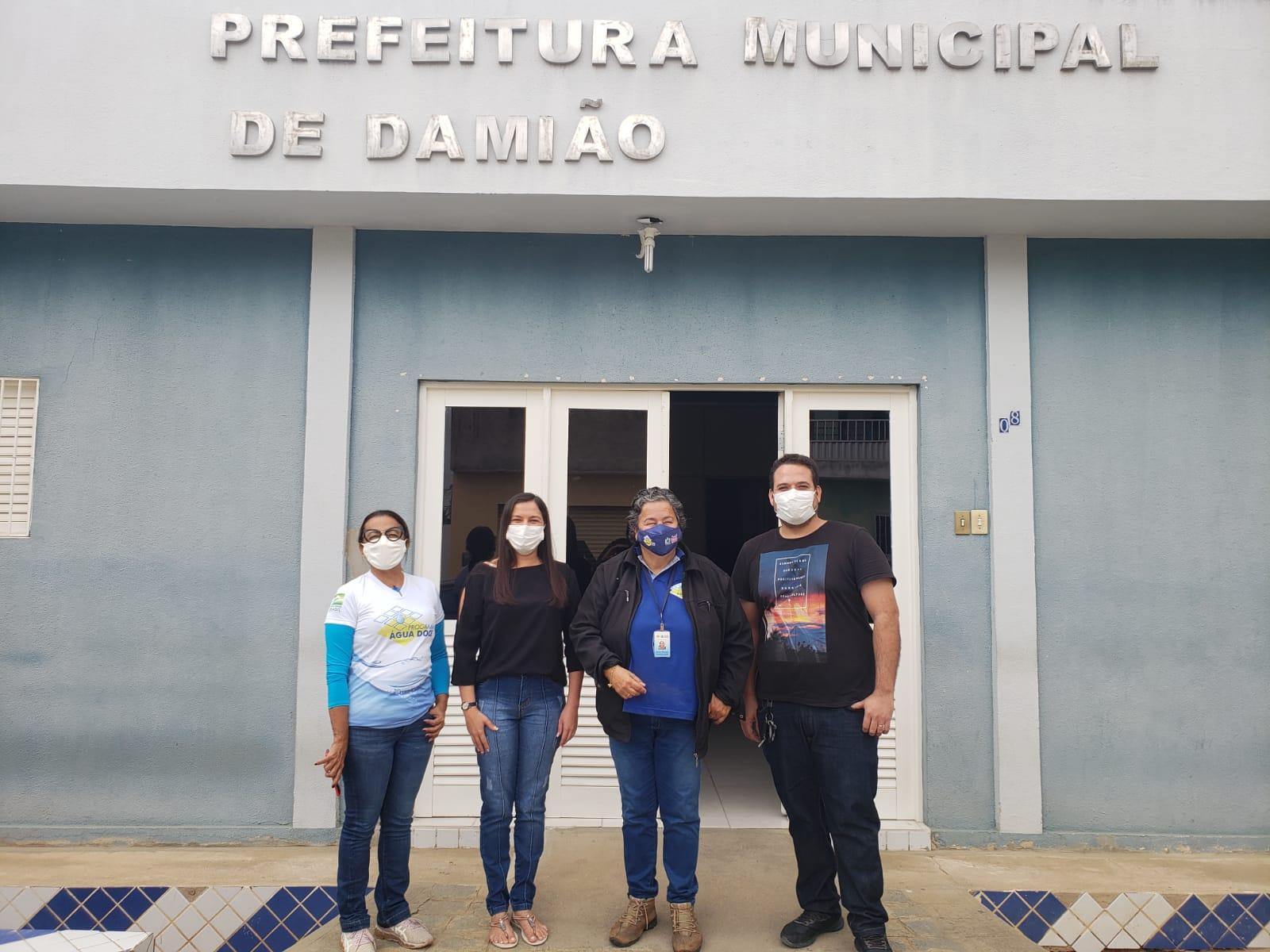 EQUIPE DO PROGRAMA ÁGUA DOCE REALIZA VISITA NA ZONA RURAL DE NOSSO MUNICÍPIO